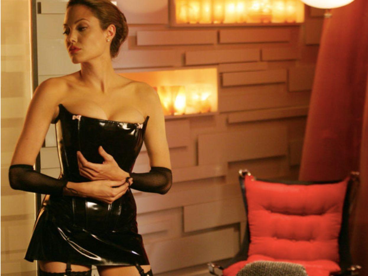 Jolie nackt amgelina Angelina Jolie