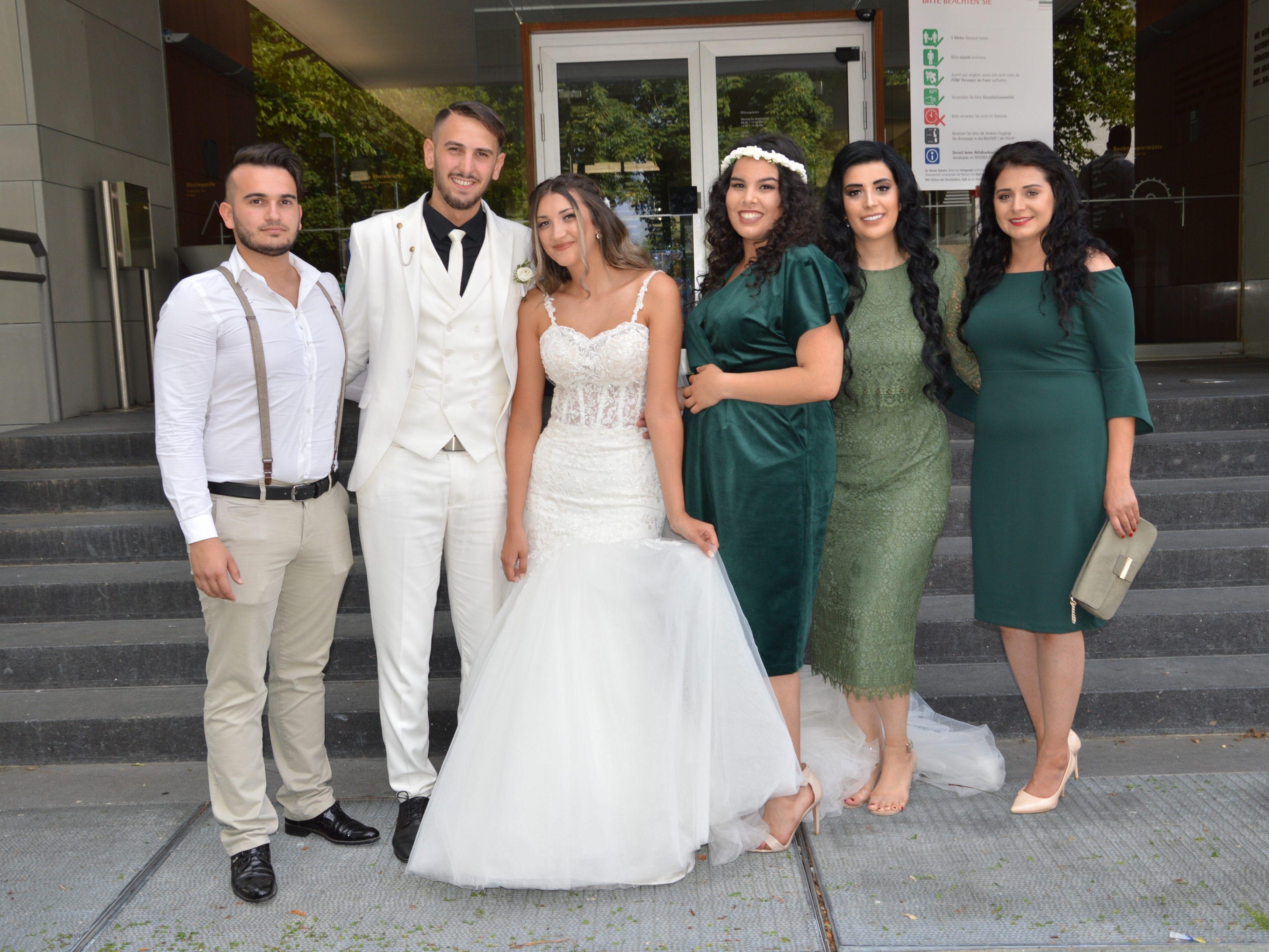 Hochzeit von Gülsüm Gebesce und Ömer Öztürk