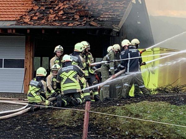 Großbrand in Krumbach - Wohnhaus komplett zerstört