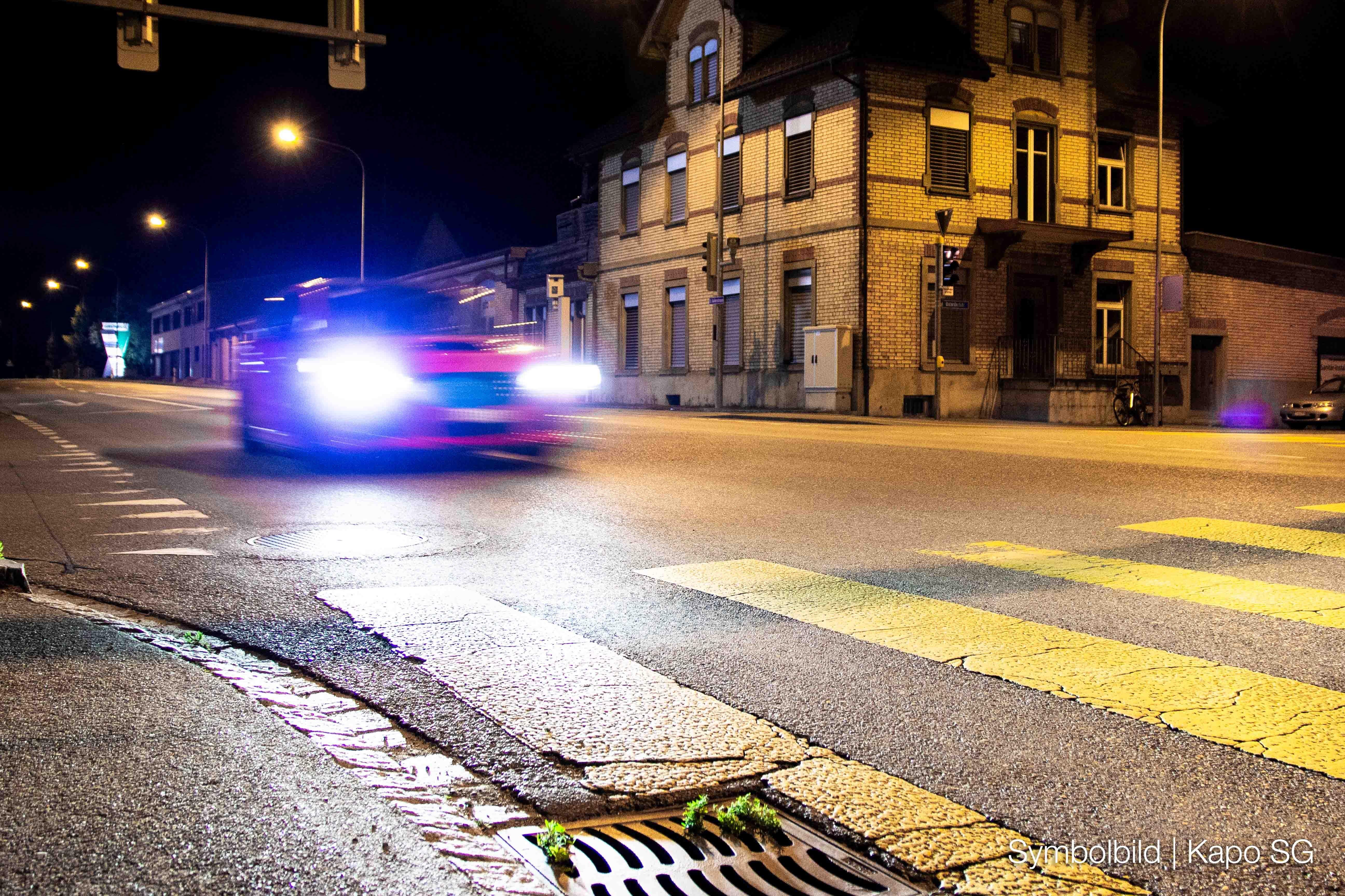 Gossau: Polizist mit Feuerwerkskörper beschossen