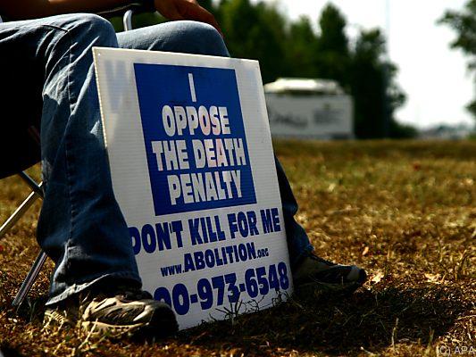 Todesstrafe in den USA: Trump will Hinrichtungsmethoden ausbauen | BR24