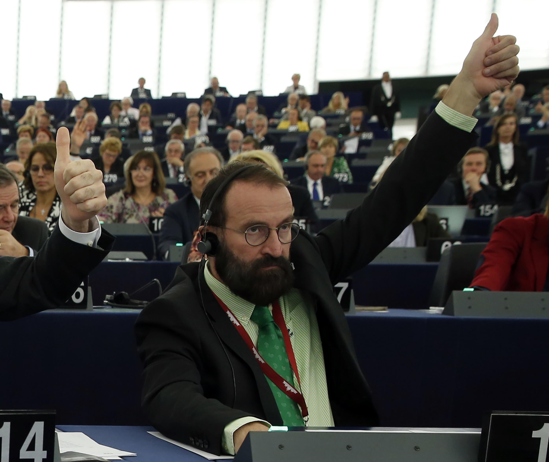 Illegale Sex-Party: Orban-Vertrauter tritt zurück