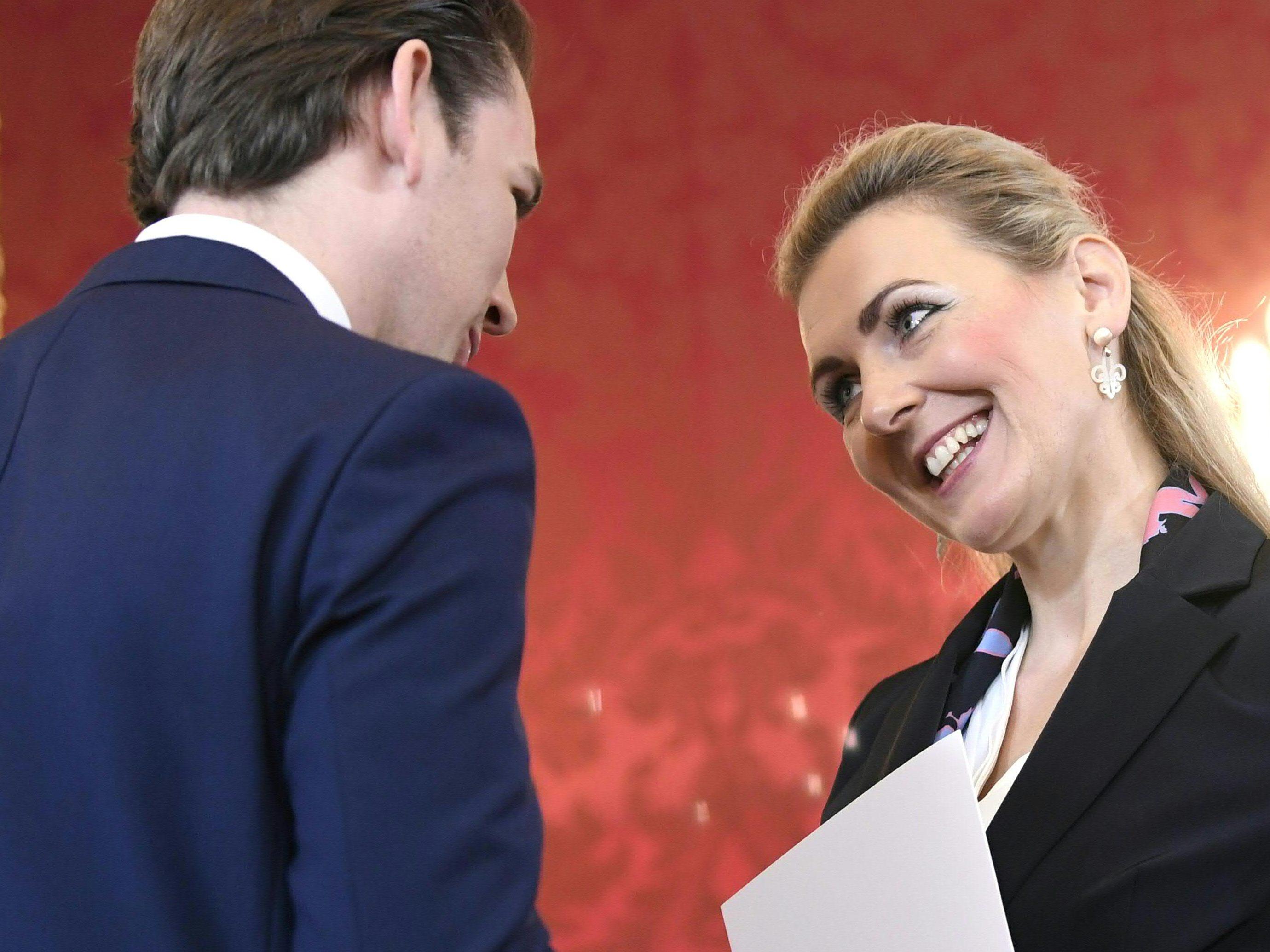 Österreich: Ministerin von Kanzler Kurz tritt zurück