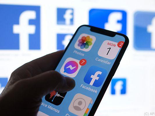 Erbeutete Daten von über 500 Millionen Facebook-Konten online