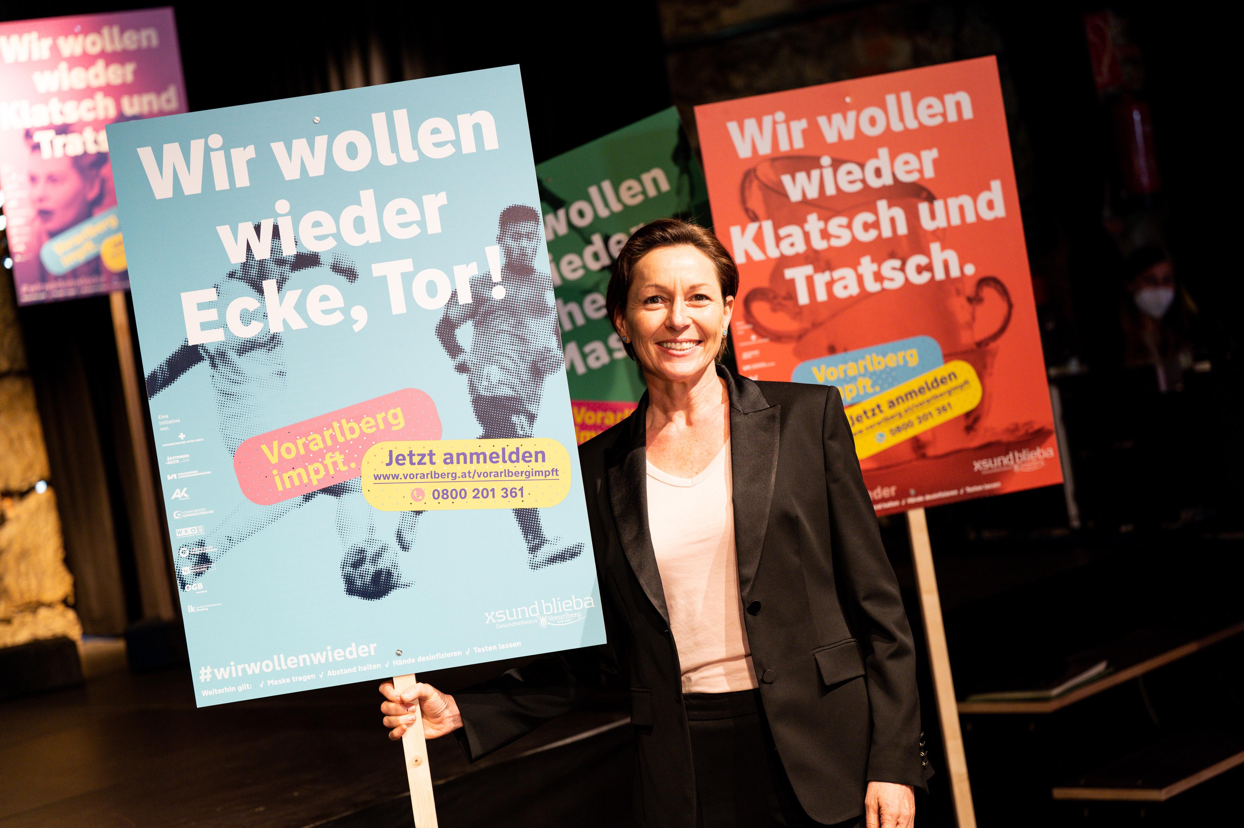 """Rüscher: """"Neuer Rekord bei wöchentlichen Impfungen"""""""