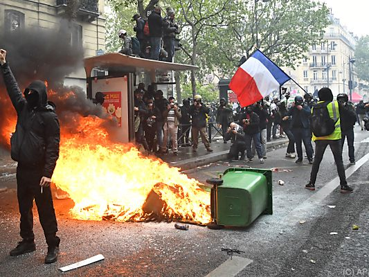 Proteste in Paris zum 1. Mai
