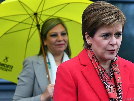 Parlamentswahl in Schottland: SNP gewinnt Wahl und forciert Referendum