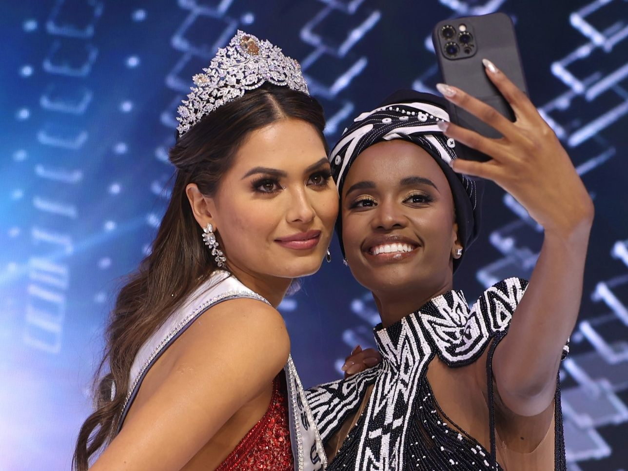 Miss Universe 2021 kommt aus Mexiko - Sexy national -- VOL.AT