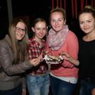 Maya, Lea, Katharina und Johanna bei der Schokoadenverkostung - Maya, Lea, Katharina und Johanna bei der Schokoadenverkostung
