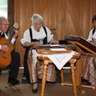 Die Familienmusik Wagner unterhielt musikalisch. - Die Familienmusik Wagner unterhielt musikalisch.