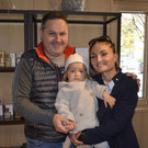 Fam. Nadja und Helmut Natter mit klein Greta - Fam. Nadja und Helmut Natter mit klein Greta