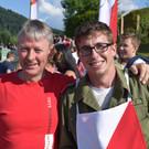 Kommandant Hans Grabher gratulierten Patrick Hiller und seinem siegreichen Team. - Kommandant Hans Grabher gratulierten Patrick Hiller und seinem siegreichen Team.