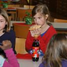 Nussgipfel und Limo für die Kinder - Nussgipfel und Limo für die Kinder