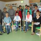 Teilnehmer und Initiatoren bei einem Treffen - Teilnehmer und Initiatoren bei einem Treffen